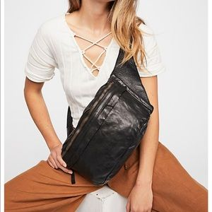 NEW campomaggi free people brato belt bag leather